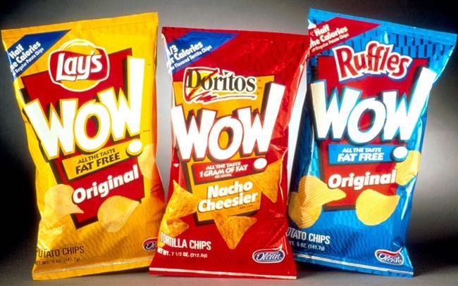 Olestra: Konu sağlıklı gıda olunca, sıfır kalori, sıfır gram kolestrol ve sıfır gram yağ içeren bir yiyecekten daha iyi ne olabilir? Ocak 1996'da, ABD Gıda ve İlaç Yönetimi Olestra'yı onayladı. Frito Lay gibi birçok şirket bu ürünü raflara koyabilmek için yarıştı ve 1998'de WOW adıyla -piyasaya çıktı. Ürünün iddiası, kilodan bağımsız bir yemek keyfiydi. Ancak Olestra'nın hayli kimyasal madde içerdiği ortaya çıktı. Ürünün vücudun ihtiyacı olan temel vitaminleri almasını engellediği tespit edildi. Ayrıca kramp, gaz, bağırsak bozuklukları gibi birçok yan etki ortaya çıkarıyordu. Ancak Gıda ve İlaç Yönetimi Olestra'yı listede tutmaya devam etti.