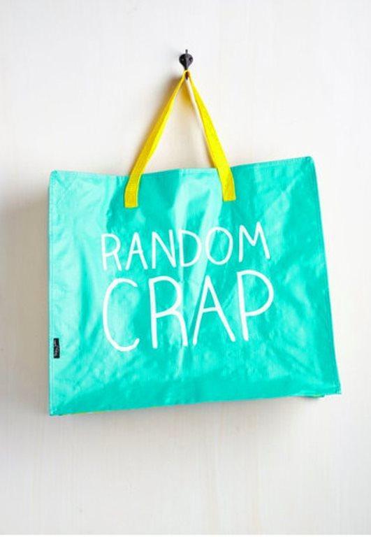 İçine her şeyi atabileceğiniz, kolay taşınabilir çanta.
