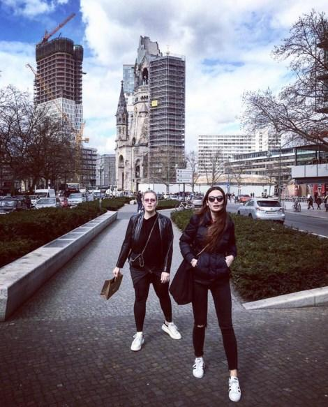 Birce Akalay  Berlin in rush ↗️ @esinramazanoglu