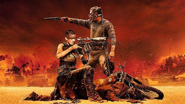 Mad Max: Fury Road (2015)  Zorlu geçmişi Mad Max'i hayatta kalmak için en iyi yolun yalnız olmak gerektiğine inandırmıştır. Yine de bir şekilde kendini Furiosa adlı liderlerinin peşinde çorak topraklardaki savaş ortamından, sürekli kaçarak hayatta kalmaya çalışan bir grubun arasında bulur. Yaşadıkları ortamı zalimce yöneten Immortan Joe'dan kaçmaktadırlar ve Joe kendisinden çalınan ve yeri doldurulamayacak derecede önemli kaybının peşindedir.