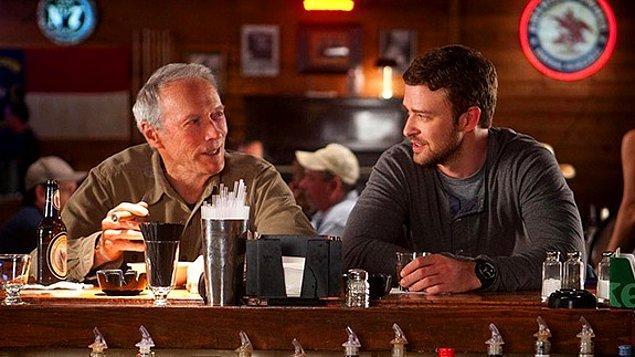 Hayatımın Atışı (2012)  Gus, göz problemi olan bir beyzbol gözlemcisidir. Yakalaması gereken bir sürü beyzbol anını kaçırmaktadır. Gözlerindeki problem nedeniyle Kızı Mickey ona yardım etmek ister ve işini bırakıp babasıyla birlikte bir iş seyahatine çıkar , bu seyahat Gus'ın doğru adımları atması için son şansıdır.