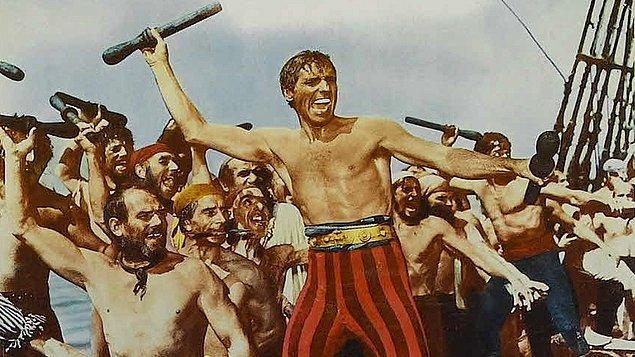 Kahraman Korsan (1952)  18. yüzyılda aklını ve cesaretini kullanarak zalim bir İspanyol asiline karşı koyan bir korsanın hikayesidir.