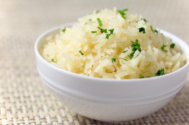 5 günlük pirinç diyeti ile yaklaşık 2 kilo verebilirsiniz. Günde ortalama yarım kilo vermenizi sağlayacak olan pirinç diyeti ile kısa bir süre içinde fazla kilolarınızdan kurtulabilirsiniz. Pirinç diyetini uygularken günde mutlaka 2 litre su tüketmeli ve spor için kendinize zaman ayırmalısınız.