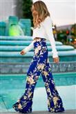 Renkli Pantolon Kombin Önerileri - 12