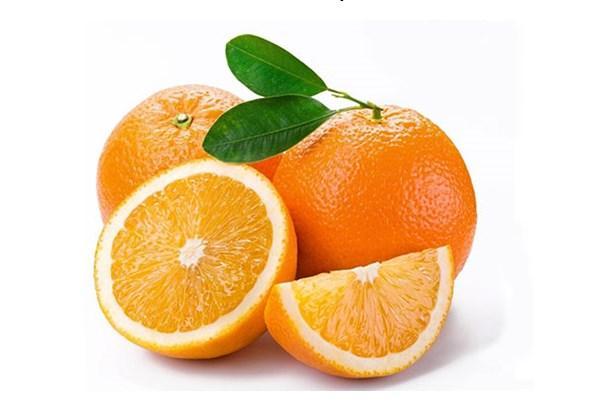 C vitamini Eksikliği  Portakaldan bile saha fazla C vitamini içeren lahana bu sayede dişeti kanamaları, dudak kenarlarında çatlama, egzema benzeri cilt hastalıkları, bağışıklık sisteminde zayıflama, sık enfeksiyon ve soğuk algınlığı, erken yaşlanma, ve depresyona karşı koruyucu etkiye sahiptir. Yara iyileşmesini hızlandırır, Alzheimer benzeri sinir sistemi hastalıklarının şiddetini azaltabilir.