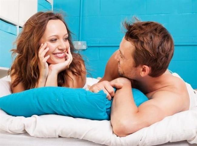 """Oyuncular  Seks hayatları kadar günlük hayatlarını da zaman zaman oyuna çeviriyorlar. Fantezileri sadece yatağa saklamıyorlar. Beklenmedik çiçekler, kartlar, hediyeler, rezervasyonlar ile birbirlerini şaşırtmayı seviyorlar. Böylece """"Seni önemsiyorum"""" mesajını da vermiş oluyorlar. Böyle bir sürprizin ardından yaşanan cinselliğin nasıl olabileceğini tarif etmemize gerek yok. Bu çiftlerin oyunculuğu yatağa da yansıyor. Fantezilere daha açıklar ve birbirlerine çekinmeden teklifte bulunuyor ve iki taraf da istekli olduğu zaman bu tür renkleri hayatlarına katıyorlar. Fantezileri nedeniyle birbirlerini yargılamıyorlar."""