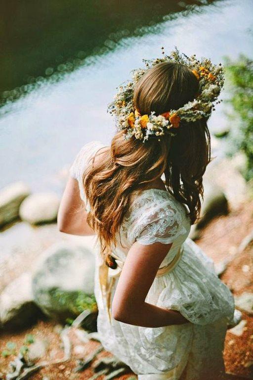 Üstelik canlı çiçeklerle yapılan versiyonları ile misler gibi kokarken, şık ve farklı görünmek de mümkün!