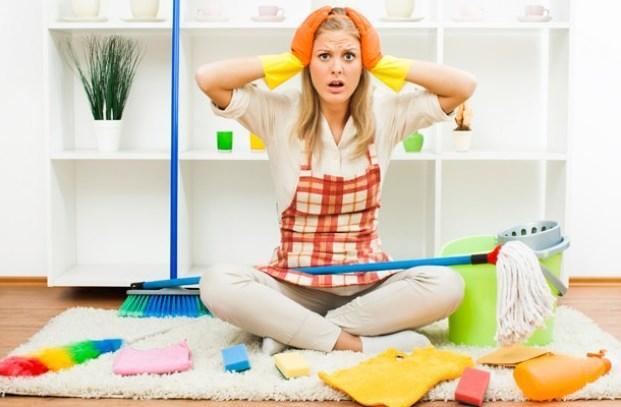 İKİZLER 21 Mayıs-21 Haziran   Aynı anda birçok işi yapmaya çalışırlar. Her ne kadar dağınık temizlik yapsalar da, sonuç her zaman başarılıdır. Sürekli değişim arayışı içinde olan İkizler, çoğu kez temizlik sonrasında eşyaların yerini değiştirirler.