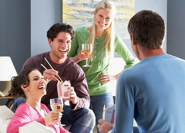 OĞLAK  Bazı ilişkilerde gerilimler yaşanabilir. Bu hafta, aşk hayatınız, hobileriniz, yaratıcılık gerektiren işleriniz ve çocuklarınızla ilgili başlıklar ön planda. Evinizde arkadaşlarınızla bir araya gelebilir, yeni kişilerle tanışabilir veya yeni kişilere ilgi duyabilirsiniz. Eğlenceli diyaloglar dolunay sonrası sizi bekliyor.