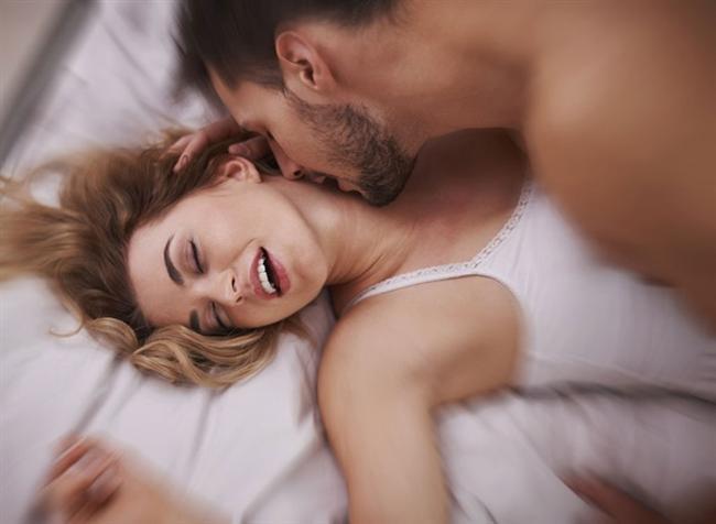 CETAD (Cinsel Eğitim Tedavi ve Araştırma Derneği) tarafından yapılan araştırmaya göre Türk toplumundaki cinsel sorunların yüzde 62'si eğitimsizlik ve bilgisizlikten kaynaklanıyor. Cinsel sorunların ikinci nedenini yüzde 40 ile toplumun cinselliğe yaklaşımı, önyargılar ve tabular, gelenek ve görenekler oluşturuyor. Psikolojik nedenler ve stres ise üçüncü neden olarak görülüyor. Psikiyatrist Uzm. Dr. Sevilay Zorlu en yaygın cinsel inanışları şu şekilde sıralıyor. Tabii bunların hiçbir gerçekliği yok: