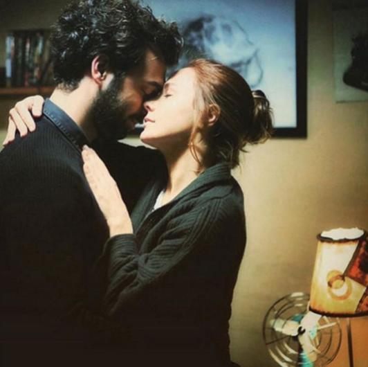 Burçin Terzioğlu ve İlker Kaleli aşkını da takipçileri Instagram sayesinde öğrendi