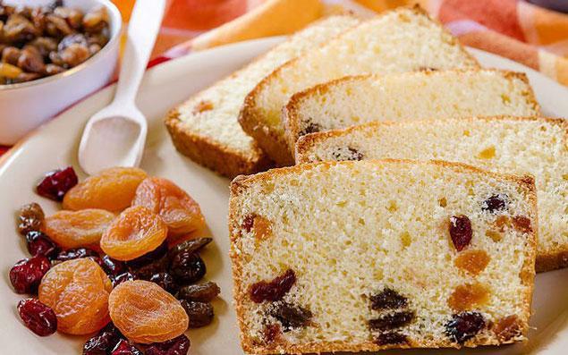6. Kurabiye ve keklerde şeker yerine kuru meyve veya az miktarda pekmez deneyin.