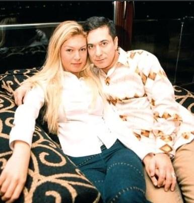 Dördüncü evliliğini kendisinden 25 yaş küçük Sedef Altuntaş ile 2001'de yaptı ve bu evlilik 1,5 yıl dürdü.