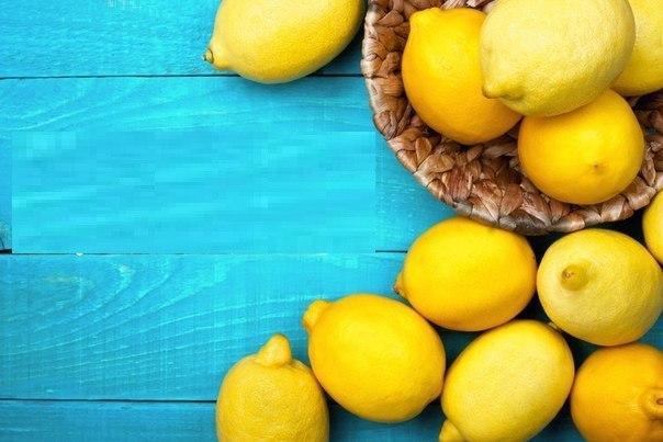 Sağlıkla zayıflamak için limon  C vitamini etkisi yüksek olan limon, tüm yemeklerde ve salatalarda kullanılabilir. Günlük olarak tükettiğiniz suyun içerisine birkaç dilim limon atılması da yine yağ yakımının hızlanmasında etkilidir. Günde 1 adet limon tüketmeniz sağlıkla zayıflamamıza yardımcı olur