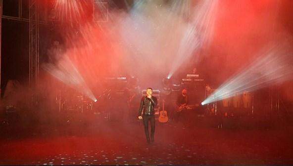 Murat Dalkılıç  Nihayet 2 kere ertelenen Yalova konserimizi yaptık 🙏🏻 çook öperim.