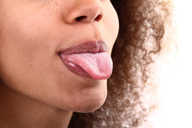 Dil çekmek  Dilinizi tutup çekip (sağa sola da oynaratak) dil üzerindeki sinirleri aktive edip hıçkırığı azaltabilir.