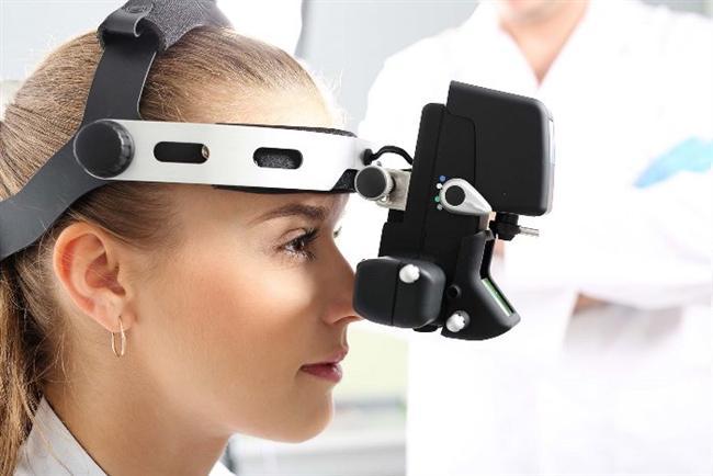 Tonometre  Tonometre ile göz tansiyonu ölçümünde hasta gözünün saydam tabaka (kornea) kalınlığı önem taşır. Saydam tabakası kalın olan kişilerde göz tansiyonu olduğundan daha yüksek bulunur. Göz içi basıncı, basınca duyarlı uçların korneaya dokundurulması ya da bir cihaz tarafından kontrollü bir şekilde hava püskürtülmesi ile ölçülür.