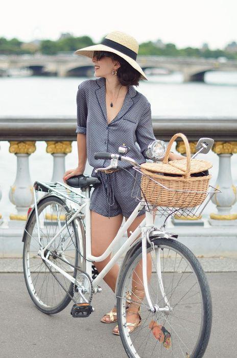 Bisikletle ilgili organizasyonlara katılarak yeni insanlar tanıyabilir ve daha fazla sosyalleşebilirsiniz.