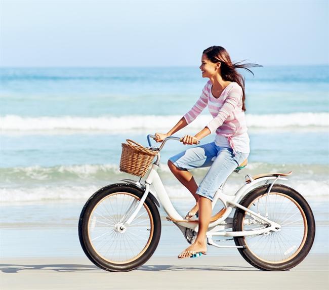 Bisiklete binmek daha iyi odaklanmanızı sağlıyor aynı zamanda ruh sağlığına iyi gelerek daha mutlu bir insan olmanıza yardımcı oluyor.