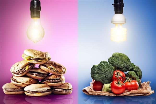 * Sizi sağlıksız hazır yiyecekleri yemeğe iten duygusal dürtünün sebebini arayın. Bunu bilmeniz, kilo verme hedefinizi kafanızda netleştirir.   * Az yağlı değil, az kalorili sosları tercih edin. Ağır yağlı krema ya da hayvansal ürünlerden bir sos yerine, humus gibi sebzelerden yapılmış bir sos kullanın.