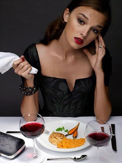 * Yemeğinizin ortasında durun, 30 saniye bekleyin.  O anda ne kadar aç olduğunuzu gözden geçirin.  Sonra yemeğinize geri dönün.  * Kendinize kilo kaybetme hedefi koymayın. Amacınız belirli bir kıyafet bedeni ya da bel ölçüsü olsun.