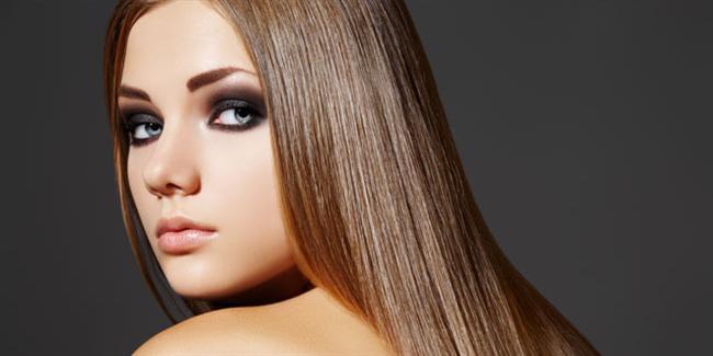 Doğal Yöntemlerle Düz Fön Çekmek  Tüm saçların, yakıcı aletlerle fön çekilmesi için çok hassas bir yapısı olduğunu ünlü kuaförler ve saç bakım uzmanları belirtmektedir.  Ancak ''saçlarım çok kabarıyor, fön çekmek zorundayım'' diyen bayanlar için farklı yöntemler de ortaya konulmaktadır. Saçlarınızı yakarak ve kırarak fön çekmek yerine, sadece evdeki küçük yöntemlerle de saçlarınızı yatıştırabilir, hatta yatıştırmakla kalmayıp düz fön bile çekebilirsiniz.  Eski zamanlardan bugüne farklı yöntemlerle kadınlar saç bakımı yapıyorken, saçlarını kabartmak ya da düzleştirmek için tel toka kullanıldığını biliyor muydunuz?