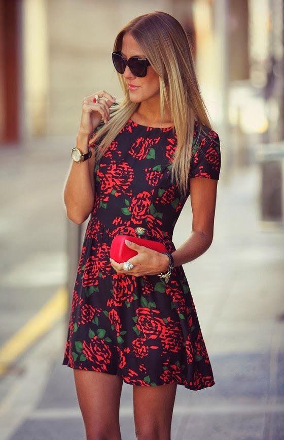 2017 Yazlık elbise modelleri ile en tarz olmaya ne dersin? İster uzun, ister kısa çiçekli elbise modelleri ile günün her saati şık ve etkileyici bir görünüme sahip olabilirsiniz.   Kaynak Fotoğraflar: Pinterest