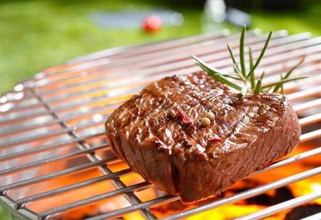 * Izgara yapılabilir. Ancak yiyecekler yakılmadan ve yüksek ateşe, kömür ve odun alevine, dumanına maruz kalmadan pişirilmelidir.  * Hem tazeliği hem de besin değerleri açısından yemekler günlük olarak pişirilmelidir. Birkaç günlük yemek yapıp aynı yemeği defalarca dolaba koyup çıkartmak, her seferinde ısıtmak tehlikelidir, kesinlikle yapılmamalıdır.