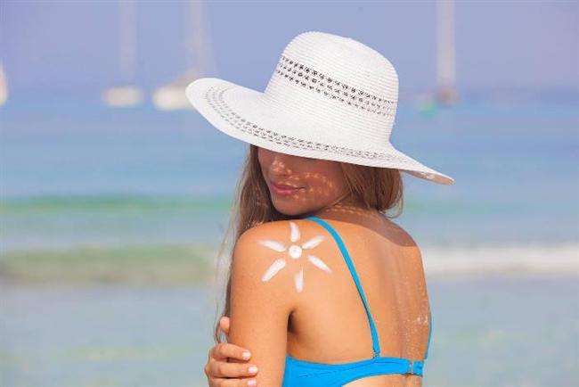 Gölgede güneş kreminin gereksiz olduğunu düşünmek  Şemsiye altında olsak da ışınlar plajda kumlardan, ayrıca deniz ve havuz kenarında da sudan yansıyarak bize ulaşıyor ve ışınların yüzde 34'üne maruz kalıyoruz. Kapalı havalarda güneşi görmüyor olsak da zararlı UV ışınlarının yüzde 80 i bulutlardan süzülüyor ve derimizi etkiliyor.