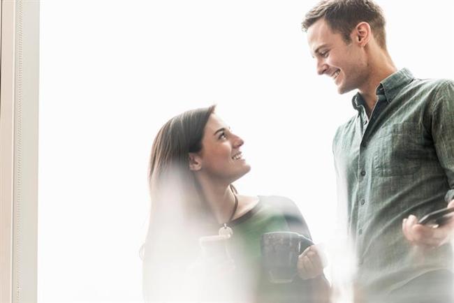 Yeni tanıştığınız kişiye direkt olarak adıyla hitap etmek, aranızdaki bağı daha bir güçlendirecektir.  Farklı ve hoşuna gidecek bir lakap da aynı etkiyi kısmen de olsa verebilir.