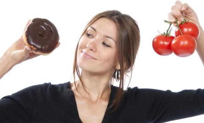 YİYECEKLERLE ARKADAŞLIK KURUN  Düzenli bir beslenme alışkanlığı geliştirmek için, yiyecekleri sevdiklerinize ve sevmediklerinize göre ayırmak yerine onlarla arkadaş olmaya çalışmalısınız. Aç kalmak yerine günlük besin ihtiyaçlarınızı gidererek kilo almadan da yaşayabilirsiniz.