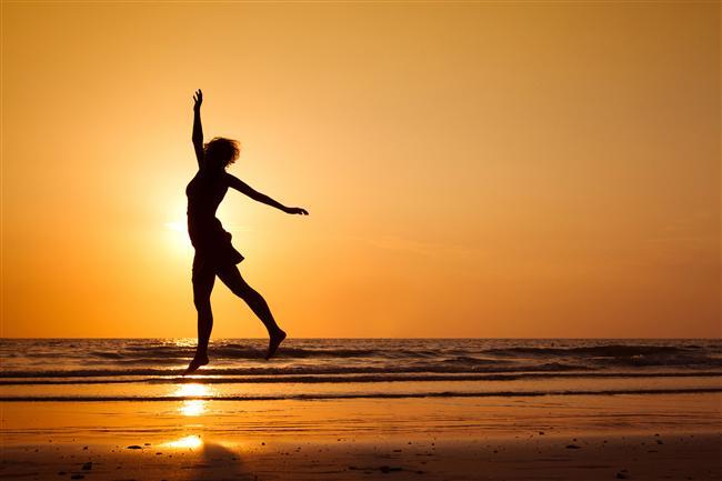11. Mutlu olma cesaretini gösterin: Mutlu olan insanlar iş yerlerinde ve hayatlarında daha başarılı olurlar. Mutluluk sanıldığının aksine kolayca elde edilebilir olandır.  Yoga Eğitmeni Ve Kişisel Gelişim Uzmanı - Sibel Saraçoğlu