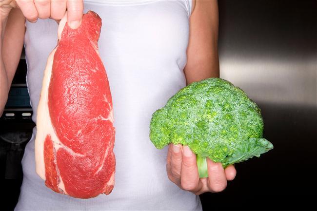 - Çözdürülen et hiçbir şekilde tekrar dondurulmamalı ve tüketilmelidir. - Buzdolabına yerleştirilecek besinlerin birbirine temas etmeyecek şekilde yerleştirilmesi sağlık için önemlidir.