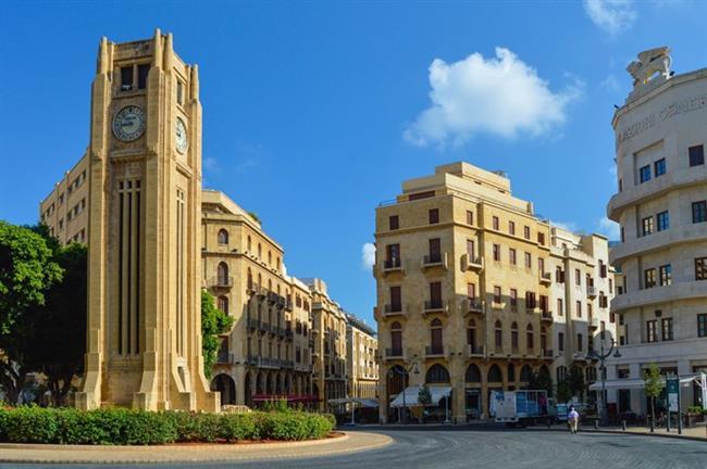 Beyrut   Lübnan'ın başkenti ve en büyük liman kenti olan Beyrut, kayalıklardan ve güneşli plajlardan oluşan uzun bir sahile sahip. Kendinizi hem Avrupa'da hem de Ortadoğu'da hissedebileceğiniz otantik bir şehir olan Beyrut, tatilcilerin de son zamanlardaki favorileri arasında yer alıyor. İstanbul'dan 1 saat 45 dakikalık uçak yolculuğu ile bu gözde tatil destinasyonuna ulaşmanız mümkün.