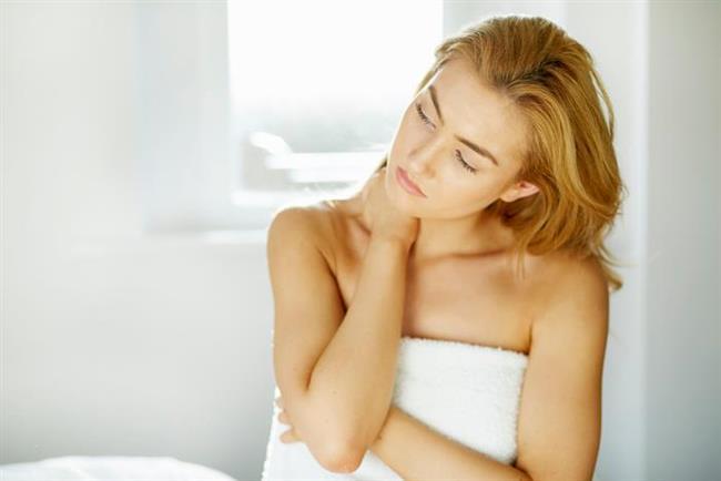 Görüldüğü üzere, vajinismus rahatsızlığı olan hastalar aslında vajina ile ilgili her türlü girişimden kaçınmaktadırlar. Özellikle jinekolojik problemleri olan vajinismus hastalarının jinekolojik muayene olamamaları, smear testi yaptıramamaları, vajinal ultrasona girememeleri de kendileri için büyük bir sıkıntı kaynağıdır.  Aslında cinsel ilişki sırasında yaşanan yoğun kaygı ve 'fobik reaksiyon' tüm jinekolojik muayene ve müdahale sırasında da izlenmektedir. Hatta hastaların pek çoğu genital alanlarına bakmak ve dokunmakta bile sorun yaşarlar.