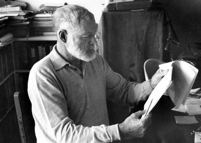 Her şeyin boş olduğuna dair fikirler: Ernest Hemingway  Nobel ve Pulitzer Ödülü sahibi yazarın çoğu eseri, bugün Amerikan edebiyatının başyapıtlarından kabul ediliyor. Küba'daki yeni rejim Amerika mülklerini devletleştirmeye karar verince Idaho'ya taşındı. Ruhsal sağlığı kötüye gitti. Hayatının sonlarına doğru her şeyin boş olduğuna dair fikirleri oluştu. 62 yaşında babası ve annesi gibi av tüfeği ile kendini vurarak yaşamına son verdi.  (21 Temmuz 1899 - 2 Temmuz 1961)