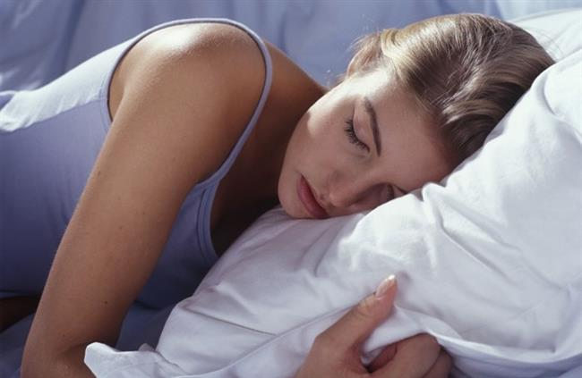 Geceleri 6-7 saat uyuyan insanlar daha uzun yaşarlar.  Bir de Napolyon uykusu vardır. Günü çok verimli geçirmenize yardımcı olur...