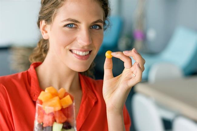 Dengeli ve sağlıklı beslenmenin yanı sıra kilo kontrolü için ara öğün alışkanlığı son derece önemlidir.