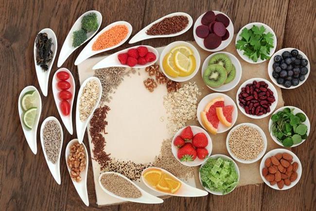 - Detoks programları sınırlı besin ve kalori içerdiği için, uzun süreli kullanımlarında beslenme yetersizlikleri ve sindirim sorunları gibi sıkıntılar yaşayabilir ve program sonunda daha fazla besin tüketmeye ihtiyaç duyabilirsiniz. Bu durum uzun süreli program sonrası daha fazla kilo alınmasına sebep olabilir.
