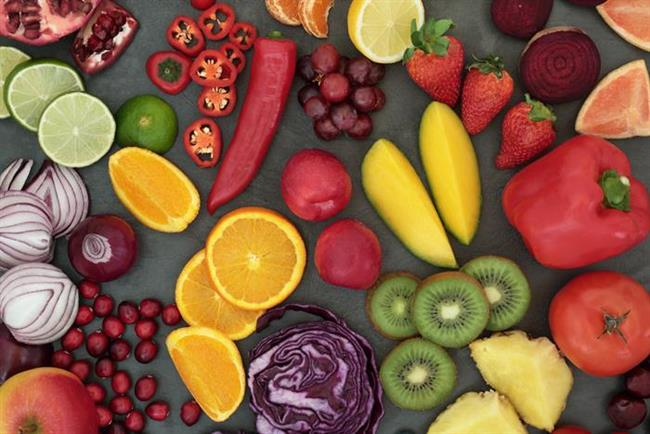 - Detoks programları kısıtlı kalori içerdiğinden kişiler kesinlikle kendi başına detoks programı uygulamamalı ve mutlaka diyetisyenlerine,doktorlarına danışmalıdırlar. Kendi başınıza yapabileceğiniz en güzel detoks, hayat boyu sürdüreceğiniz sağlıklı ve dengeli beslenme programıdır.