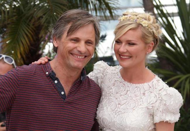 Güzel oyuncu Kirsten Dunst'ın Cannes Film Festivali'ndeki saç modeline hepimiz bayıldık.