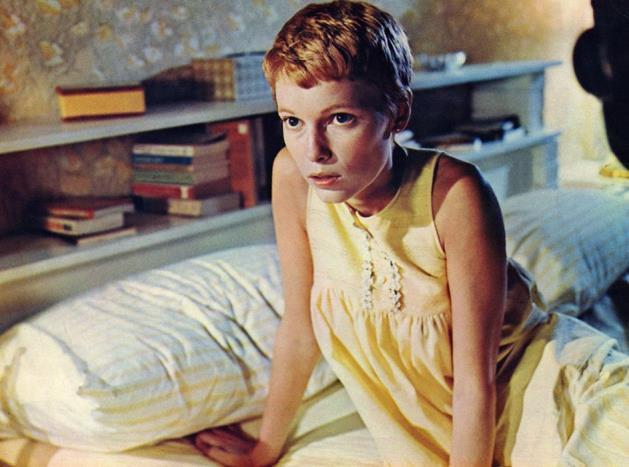 Mia Farrow'un bu süper kısa kesimi hem çocuksu, hem de gizemli görünüyor.