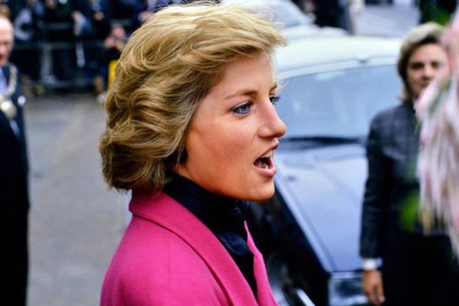 Prenses Diana deyince sizin de aklınıza bu katlı kısa kesim gelmiyor mu?
