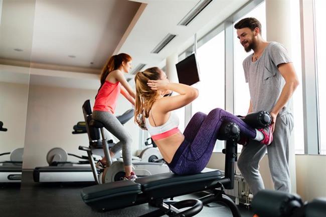 İlişkinize yeni bir soluk getirmek için hafta sonlarında uygulayabileceğiniz 11 öneri...  1. Birlikte Spor Yapın  Böylece hem aranızdaki işbirliği kuvvetlenir, hem de beden ve ruh sağlığınızı korumuş olursunuz. Haftanın getirdiği stresin, üzerinizde yarattığı olumsuz etkilerden kurtulmanın, spor yapmaktan daha etkili bir yolu olmadığına emin olabilirsiniz.
