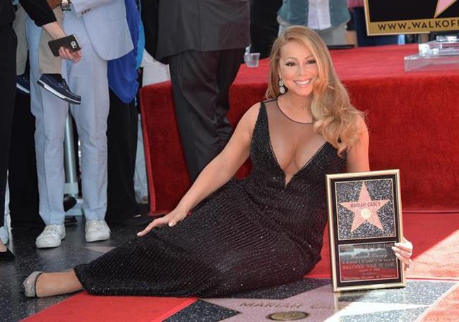 Mariah Carey dudaklarının daha dolgun görünmesi için nanenin kan dolaşımını hızlandıran etkisinden yararlanıyormuş. Şarkıcı dudak parlatıcısının içine bir iki damla nane yağı damlatıyormuş.
