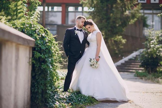 Araştırmacı Nicholas H. Wolfinger 32 yaşından sonraki boşanmaların temel sebebinin evlenmek için bu yaşa kadar bekleyen insanın kişilik özellikleri olduğunu söylüyor.