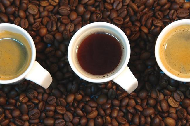 6. Alkol ve kafeinden kaçının, bu iki madde de idrar söktürücü görevi yapar ve dehidrasyonu teşvik eder.