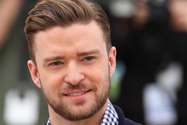 Justin Timberlake Dokunacağı tüm kapı kollarının iki saatte bir dezenfekte edilmesini talep ediyor.