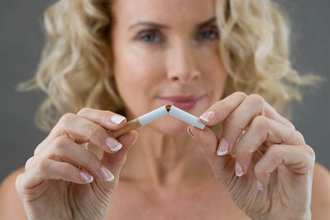 SİGARA   Sigara cildi oksijensiz bırakarak inceltir. İncelen cilt de gevşeyerek sarkar ve kırışır. Bu nedenle sigaradan hem sağlığımız hem de güzelliğimiz için uzak durmalıyız.