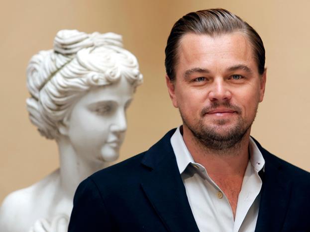 Leonardo DiCaprio  Yakın zamanda Oscar sahibi olan Leonardo Di Caprio kendi kuşağının en yetenekli aktörlerinden biri. 1989 yılından beri film sektöründe yer alan Leonardo Wilhelm DiCaprio, bir Oscar, üç Altın Küre, bir BAFTA ve bir de SAG sahibi ABD'li oyuncu. Altı defa Oscar adayı gösterilmiştir. Bunlardan birinde, Diriliş filmi ile En İyi Erkek Oyuncu Akademi Ödülü'ne layık görülmüştür. Oyuncunun hala bir yıldızı olmaması hayranlarını üzüyor.